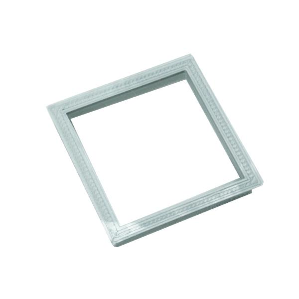 Emporte pièces forme carré